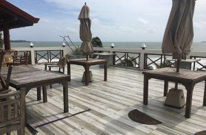 Bay Beach Small Hotel