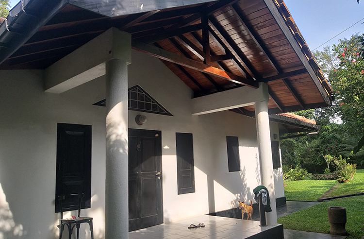 Panoramic Lagoon Front home