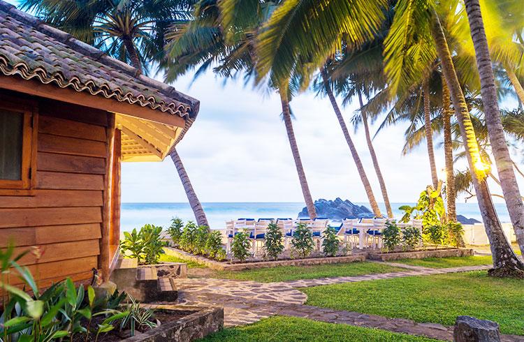 outstanding-beachfront-hotel-013