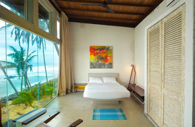 sumptuous-beach-hotel-001
